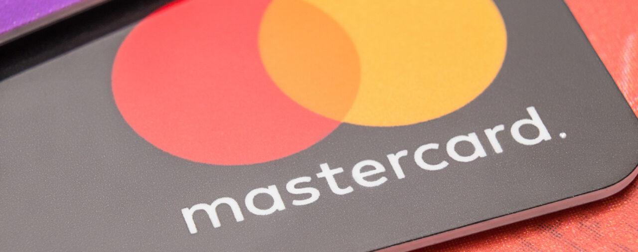 Карта MasterCard с доставкой в Крым